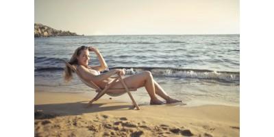 На плаж или басейн по време на месечния цикъл: 5 практични съвета